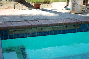 Pool tile repair in Penasquitos-